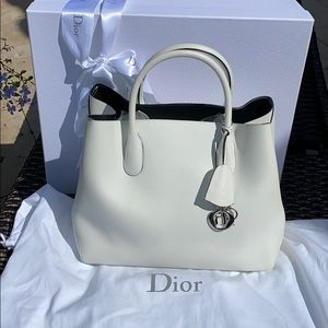 💯% Authentic Dior Open Bar Bag